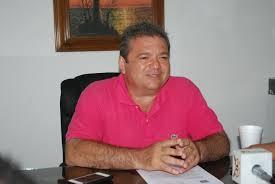 ANDRÉS RUIZ UNA SERIE DE ERRORES DESAFORTUNADOS SU PASO EN LA POLITICA.